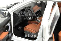 118 Nissan X-Trail 2019 Diecast Miniature Metal Model Car Gifts White Vehicle
