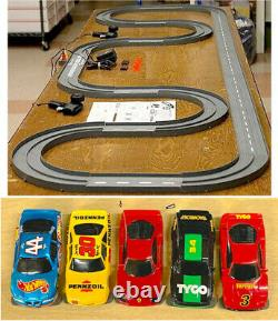1993 UNUSED TYCO TCR Slotless Slot Car Total Control RACE SET 20ft + 6 Vehicles