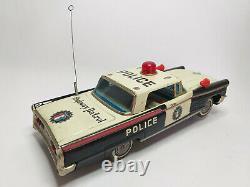 RARE Original 1960 YONEZAWA LINCOLN POLICE HIGHWAY PATROL TIN TOY CAR JAPAN