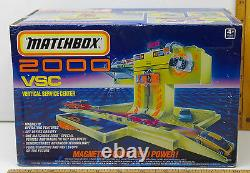 Very Rare 1990 Matchbox 2000 MAG LEV Vertical Service Center with Vehicle Unopened